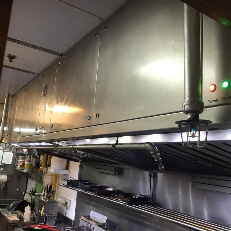 3.2m Hybrid Hood System installed at Buddy Hoagies Steak & Grill